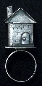 in Medieval Germany and France Jewish men would give their brides a wedding ring with a house on top, to symbolize the home they would build together.: