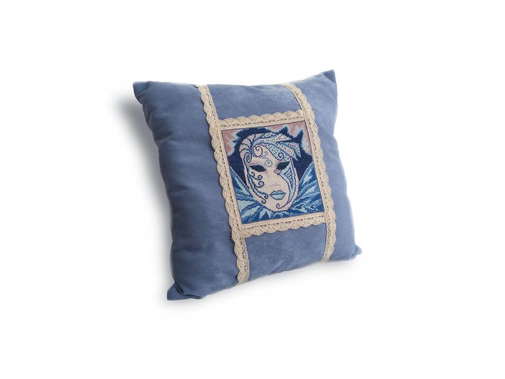 подушки с ручной вышивкой, подушки на диван вышивка