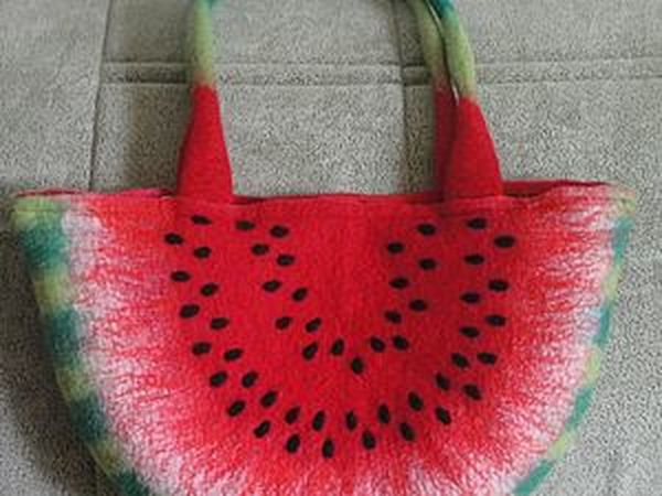 DIY Project on Making a Handbag in the Shape of a Watermelon Slice. Livemaster - handmade