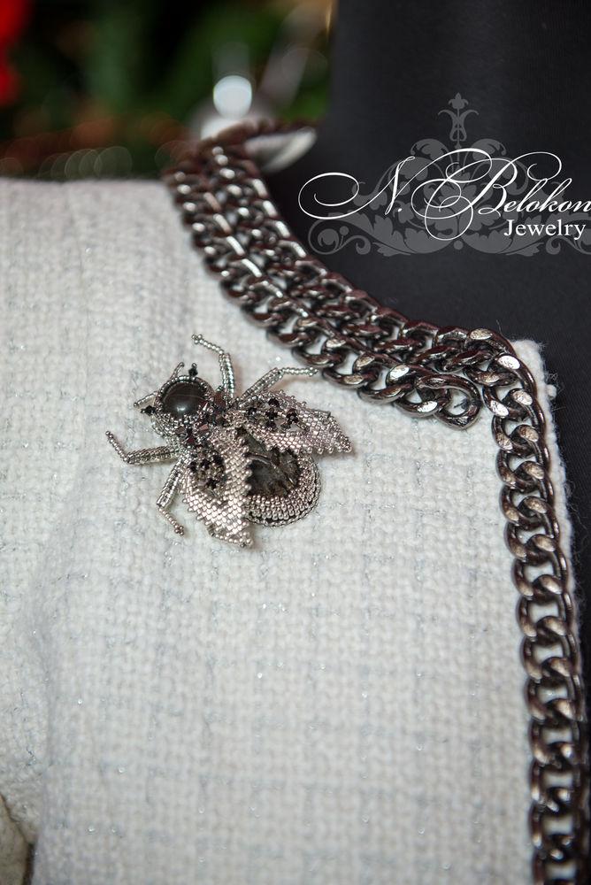 серебряный жук