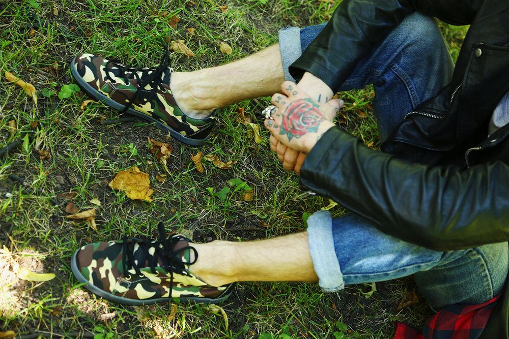 коллекция мужской обуви, слипоны