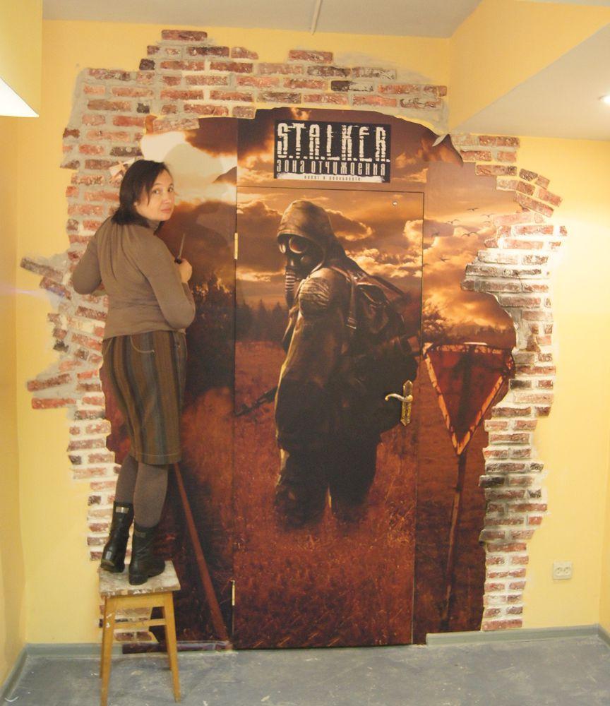 оформления входа, роспись стен
