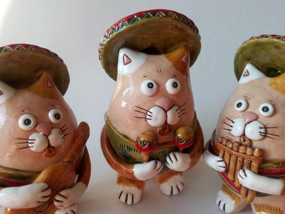 коты мексиканцы, маракасы