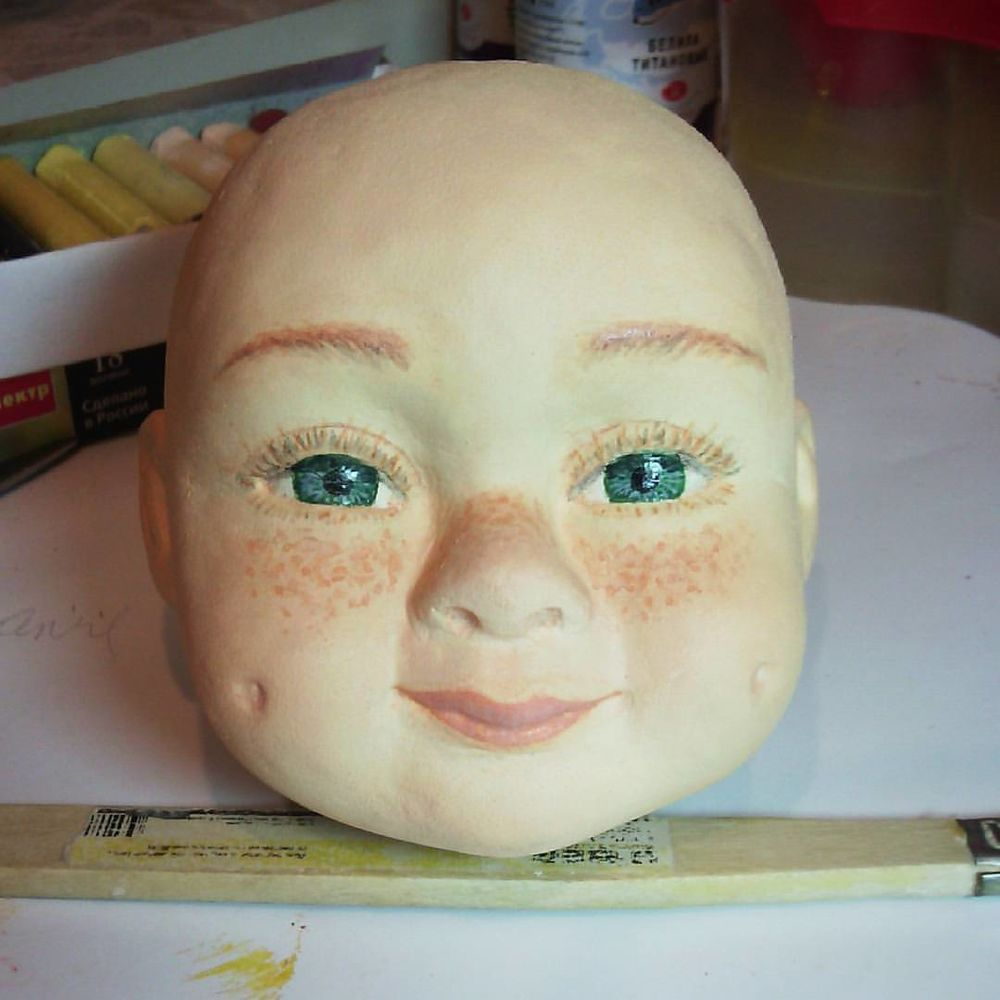 кукла, зеленоглазая