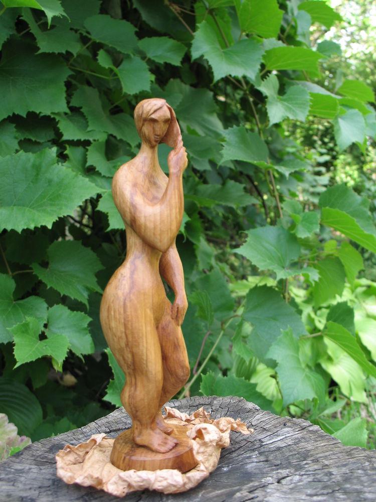 скульптура, древесина яблони, природные материалы