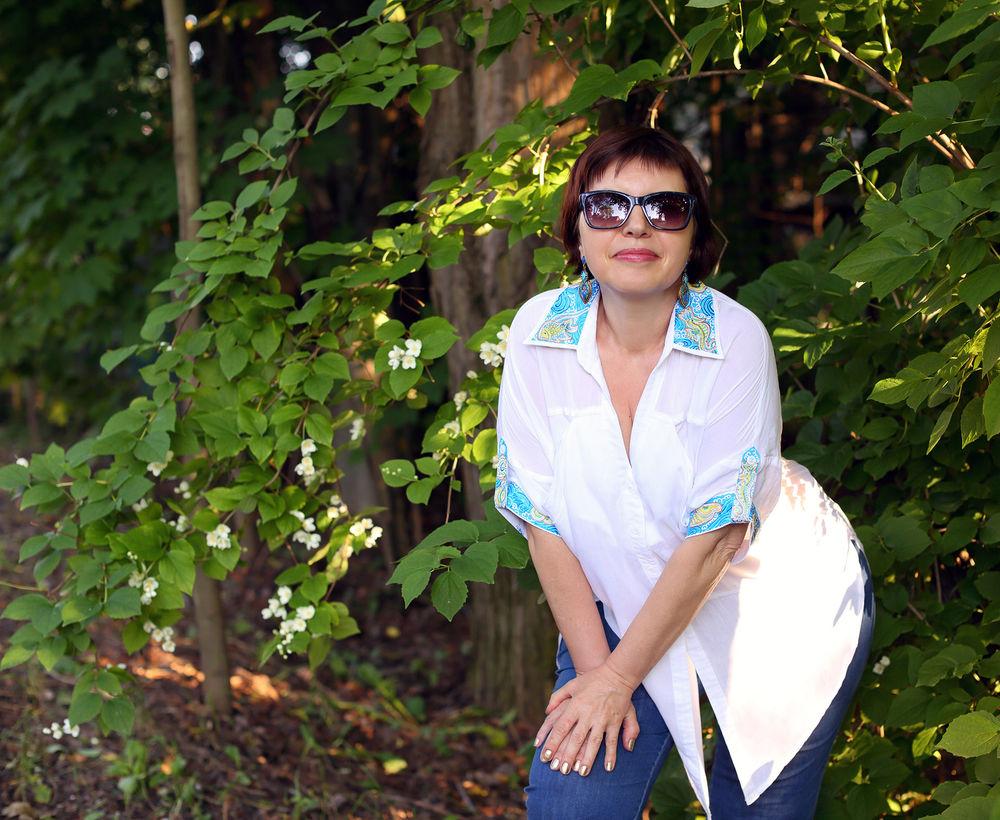 белая блузка с оттделкой, блузка к отпуску
