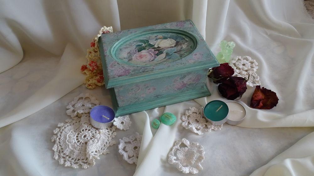 шкатулка для рукоделия, состаренная шкатулка, с розами
