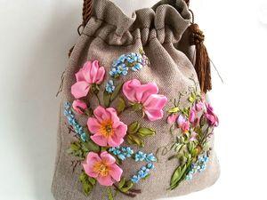 Видео урок: Вышиваем лентами сумку-мешочек: Незабудки. Ярмарка Мастеров - ручная работа, handmade.