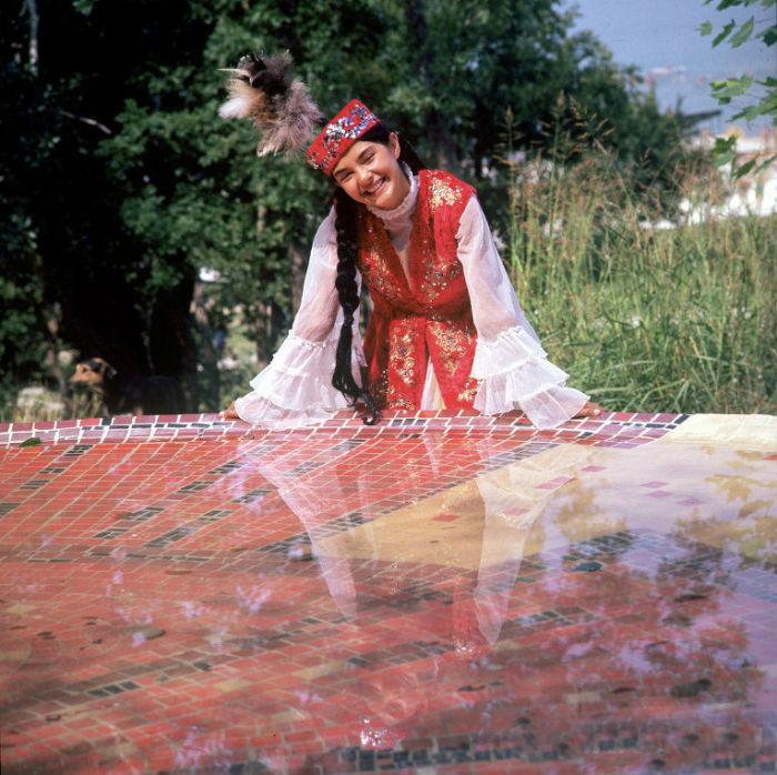 14 традиционных национальных костюмов разных народов, фото № 15