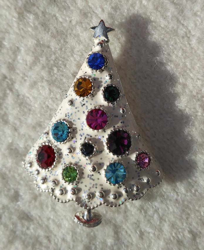 новогодняя елка брошь