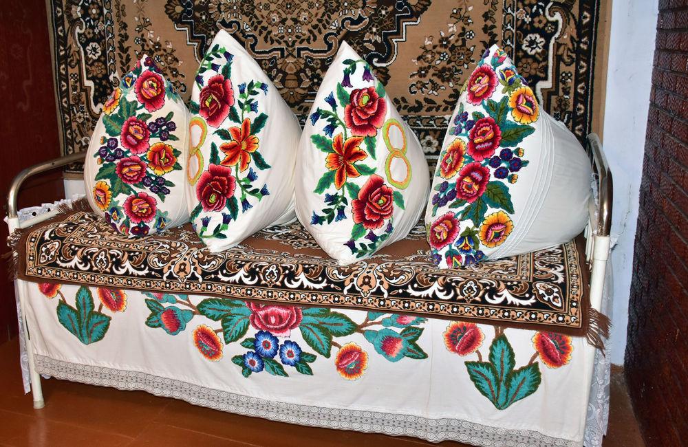 вышивка, народные традиции