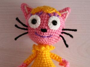 Вяжем крючком очаровательного котенка Лапочку из мультфильма «Три кота». Ярмарка Мастеров - ручная работа, handmade.