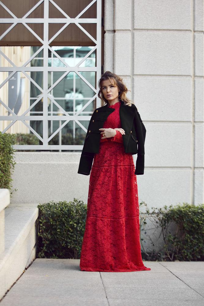 красное платье, платье вечернее, кружевное платье