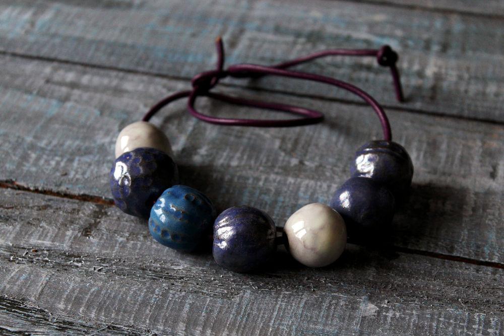 бусы керамические, синие бусы, салатники керамические, сервировочная посуда, подарок к 8 марта, кружевная глина, авторская посуда, нарядная посуда, крупные бусы, колье из глины