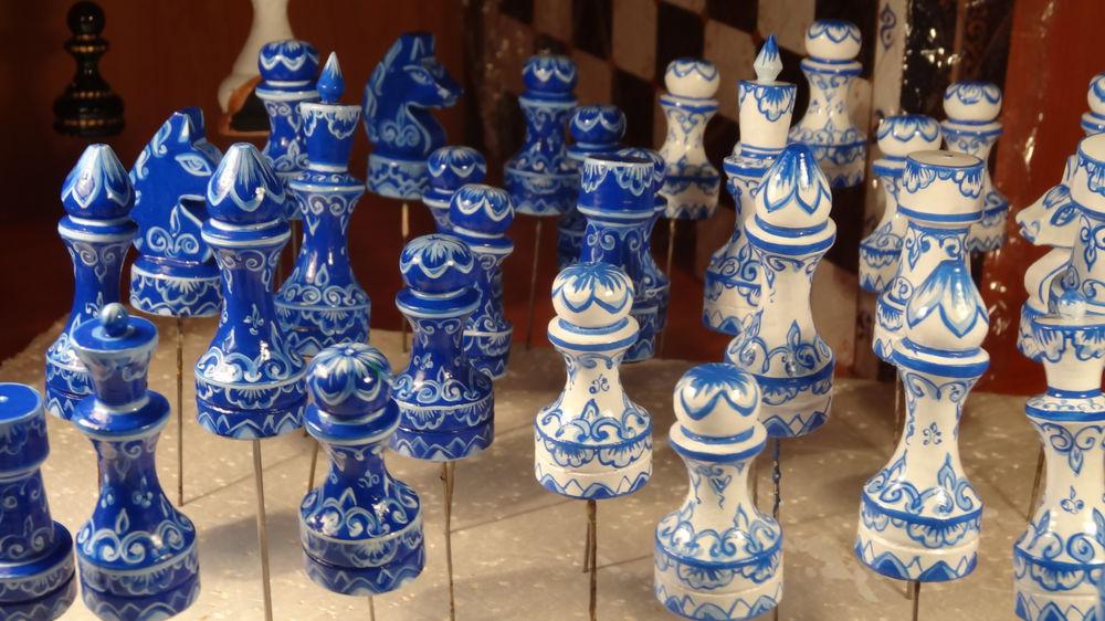 шахматные фигуры, шахматы белые