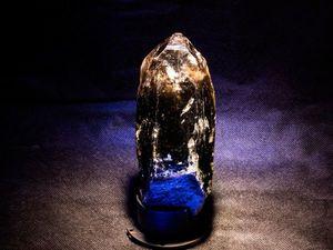 Видео крупный кристалл дымчатый кварц. Ярмарка Мастеров - ручная работа, handmade.