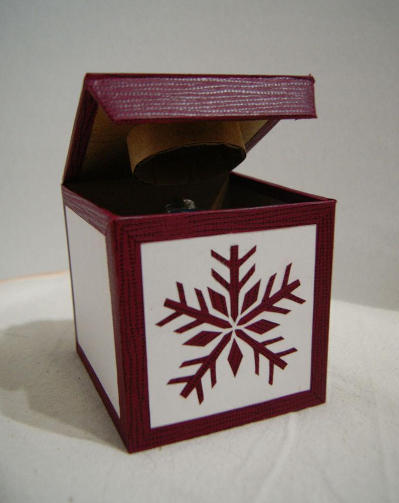 новогодние подарки, подарок, елочные игрушки, авторская роспись