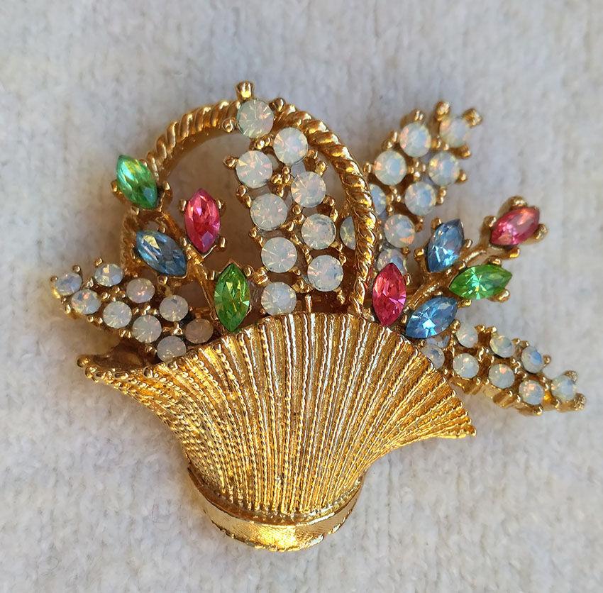 коллекционная брошь, корзинка с цветами