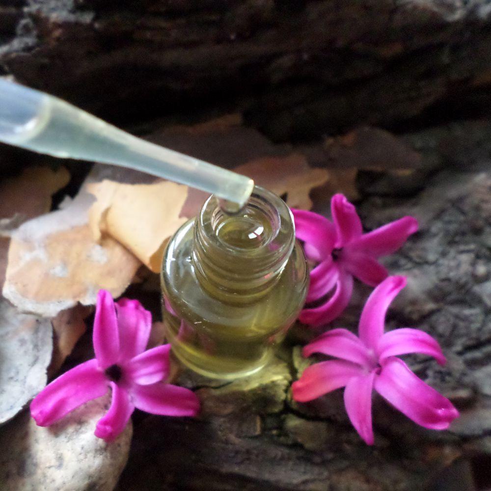 парфюмерный тотем, духи в подарок, парфюмерные тотемы, духи для неё и для него, парфюмерный дуэт месяца