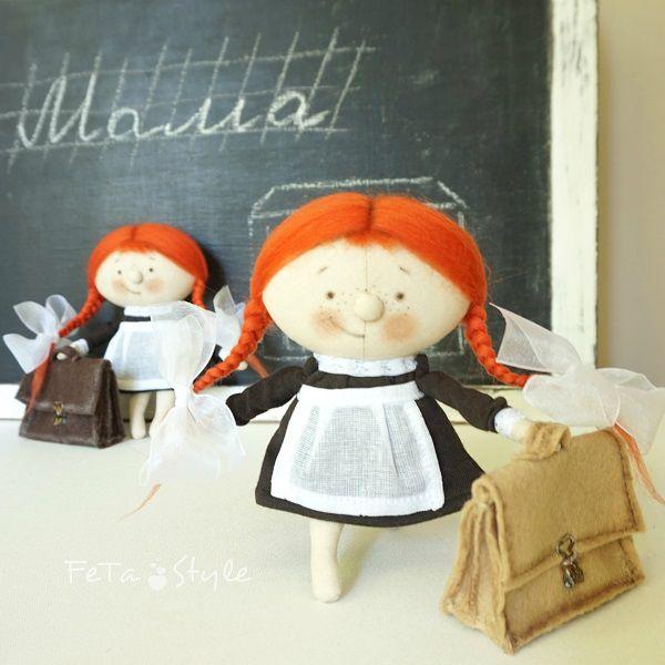 рыжая школьница