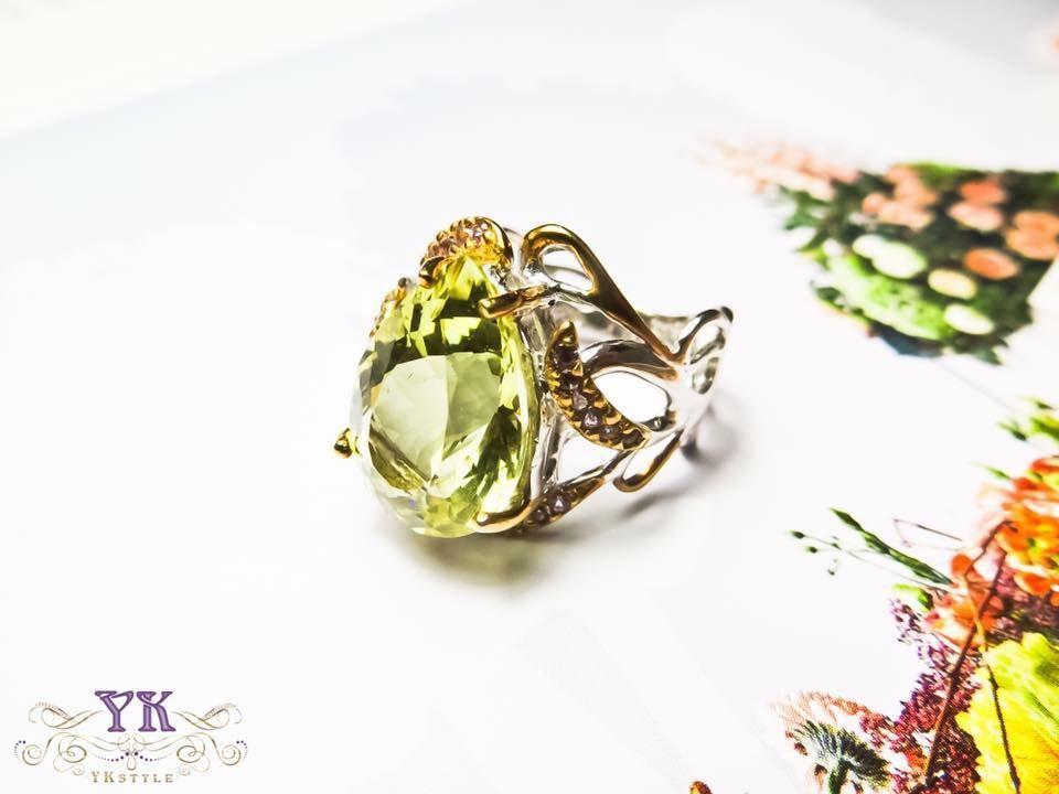 Серебряное кольцо с цитрином.