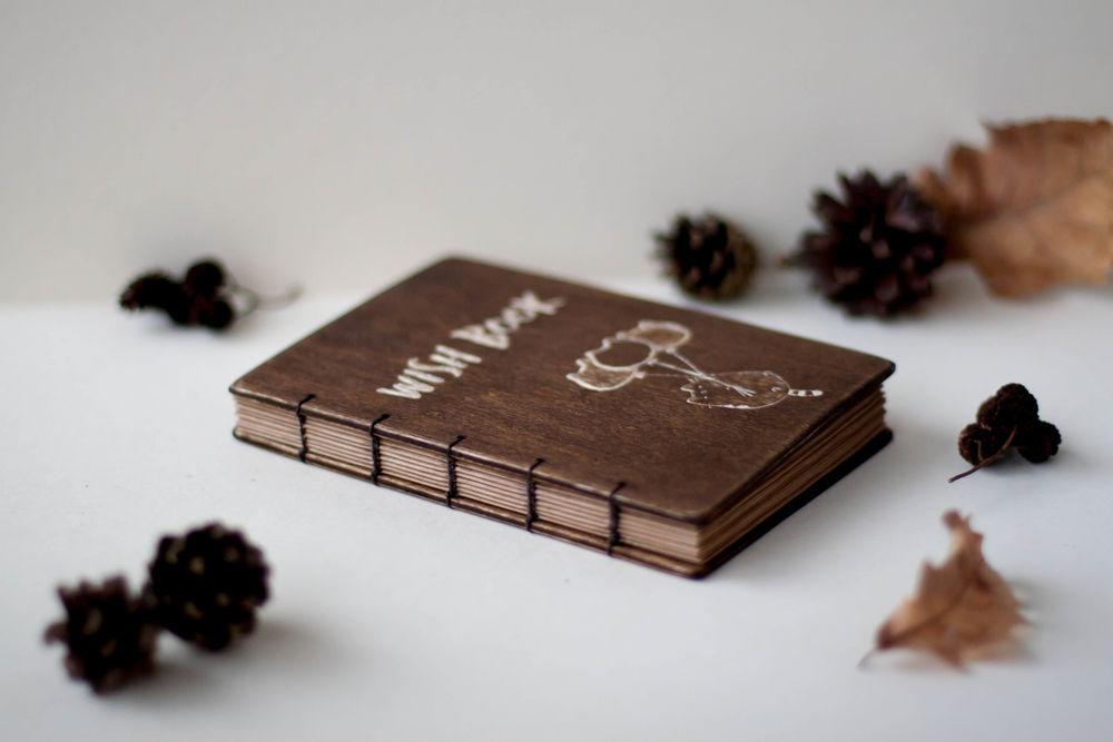 деревянная книга, работа на заказ, позитив