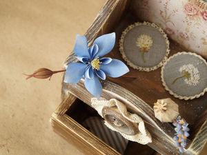Дебют комодика - экспресс фотосессия брошей. Ярмарка Мастеров - ручная работа, handmade.