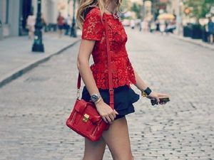 What to Wear a Red Handbag with: Making Your Look More Expressive. Livemaster - handmade