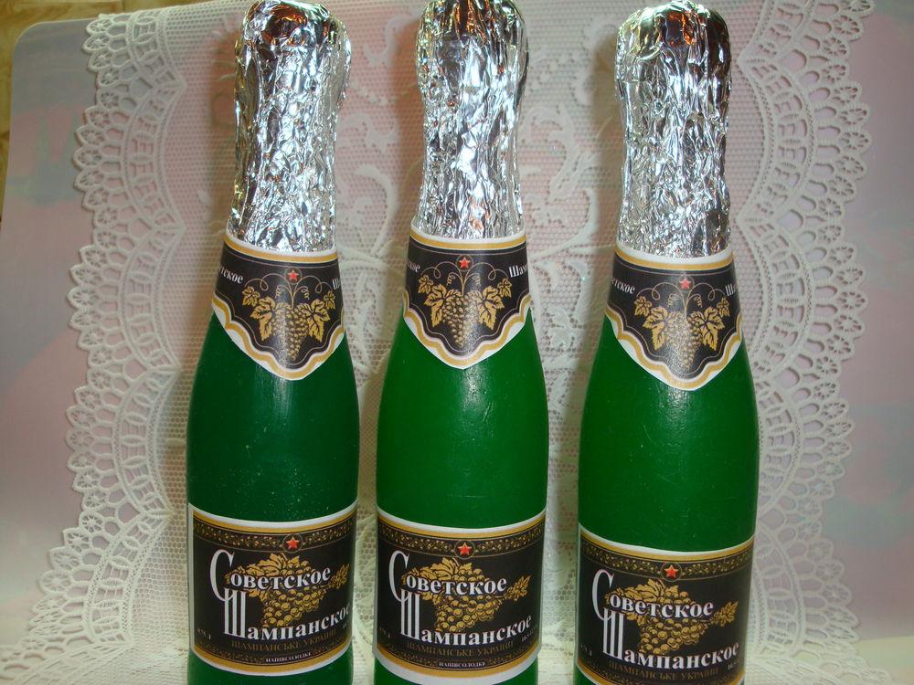 бутылка шампанского, новый год, бутерброды с икрой