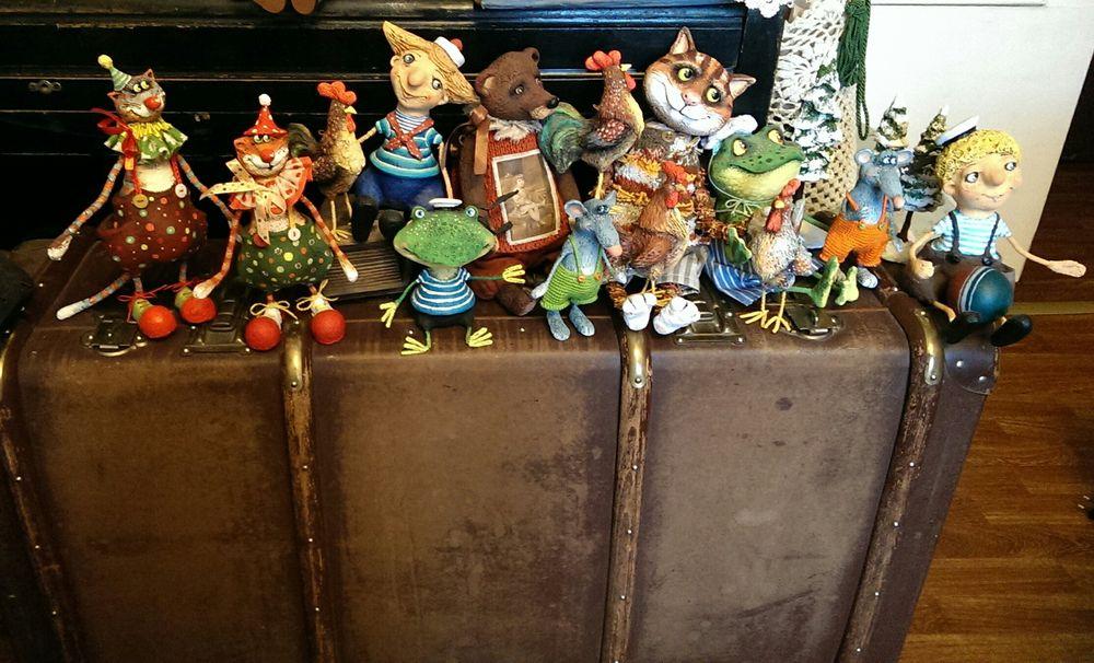авторские игрушки, папье-маше, интерьерные игрушки, мишка, лягушка, мышка, крыса, котик, мальчик, моряк, петушок, добро пожаловать, сказка, чемодан