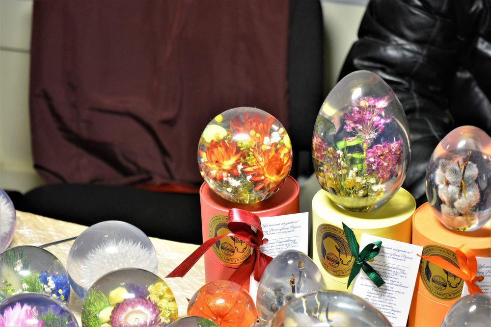 наши работы, шары в подарок, выставка-продажа