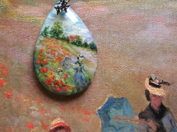 Кулон с росписью на камне по мотивам картины