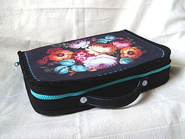 DIY Project on How to Sew a Needlewomen's Suitcase | Livemaster - handmade