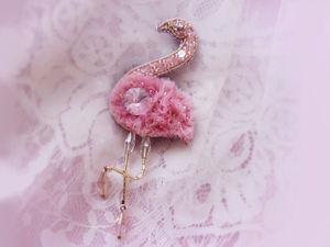 Создаем брошь «Розовый фламинго» из фетра, фатина, бисера и страз. Ярмарка Мастеров - ручная работа, handmade.