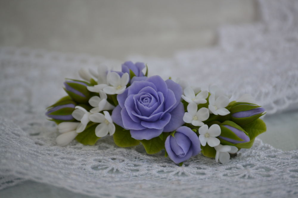 цветы из глины, заколка с цветами