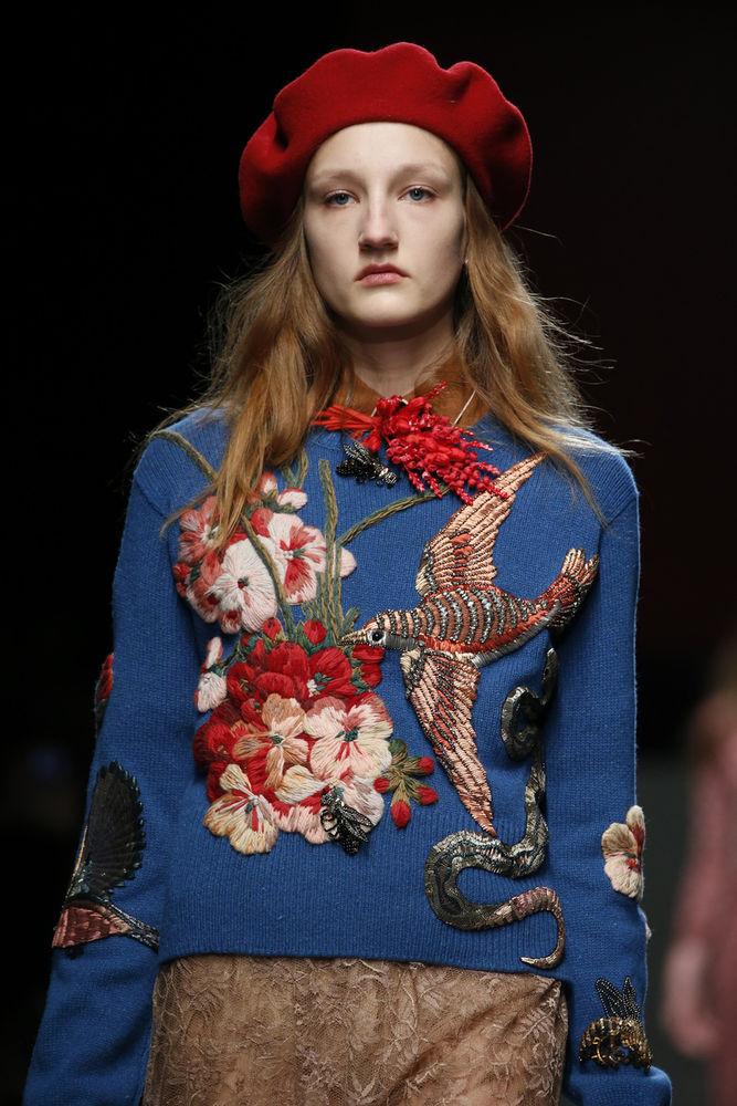 вышивка, свитер женский