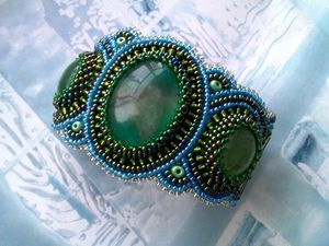 Аукцион на вышитый бисером браслет с натуральными флюоритами — закрыт. Ярмарка Мастеров - ручная работа, handmade.