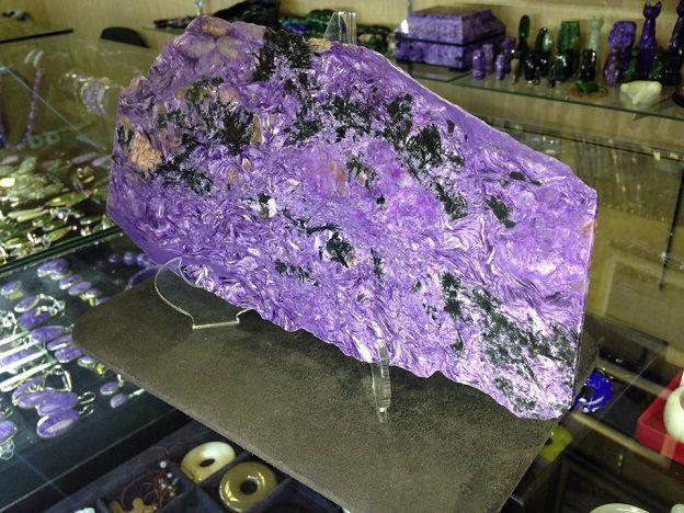 камни в украшениях