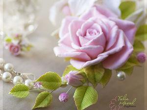 Колье с лилией и розой. Цветы из глины.Украшения с цветами. | Ярмарка Мастеров - ручная работа, handmade