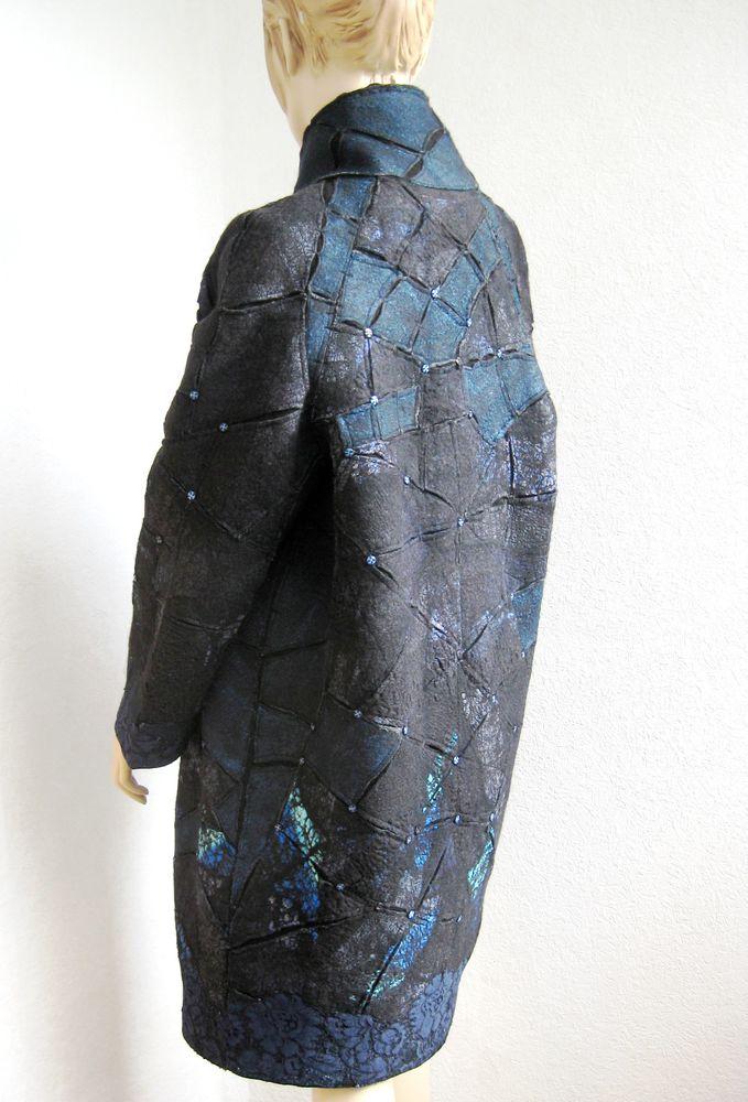 мокрое валяние, сине черное пальто, пальто с гипюром