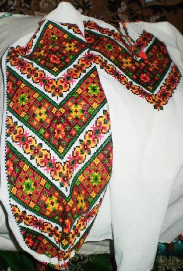 цветная вышивка крестом, буковинские мотивы