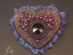 Сердце  Эриды. Брошь ручной работы из бисера. Ярмарка Мастеров - ручная работа, handmade.