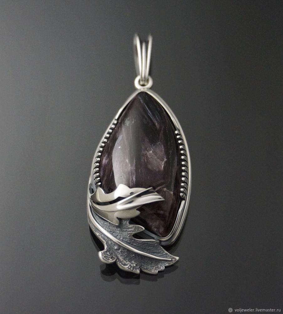 видео, видео камня, чароит, камень видео, камень натуральный, серебряный кулон, крупные украшения, чароит в серебре