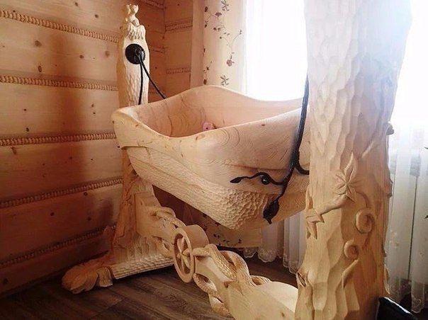 иванка, резная колыбель, колыбель, одежда из льна, натуральные ткани, лен, славянский стиль, славянская культура