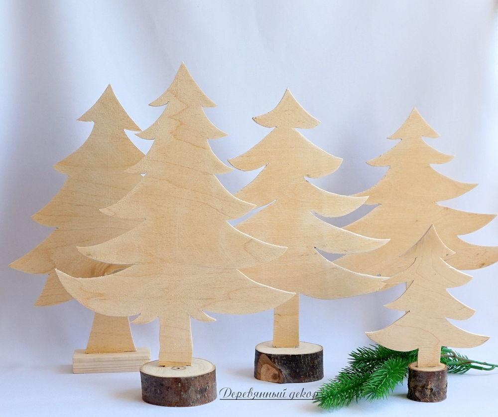 елки из дерева и спилов