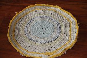 вязание, с улыбкой