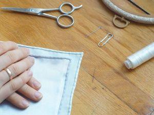 Обрабатываем края вышивки лицевым руликом. Ярмарка Мастеров - ручная работа, handmade.