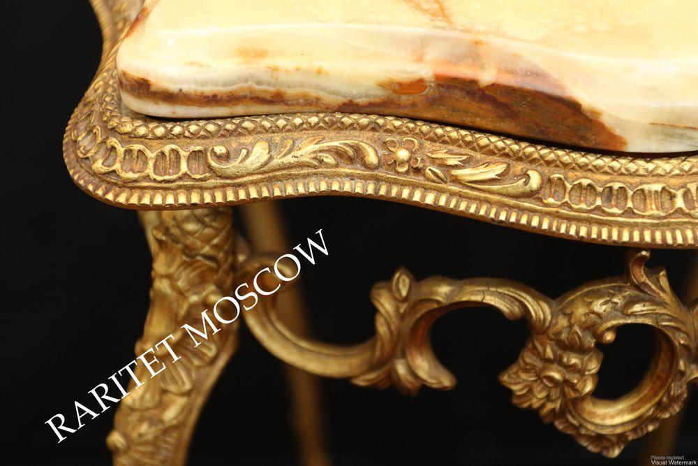 бронзовый стол