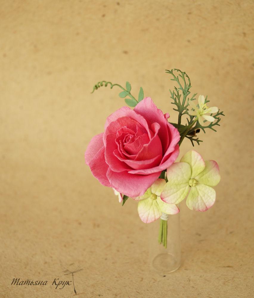 брошь с цветами