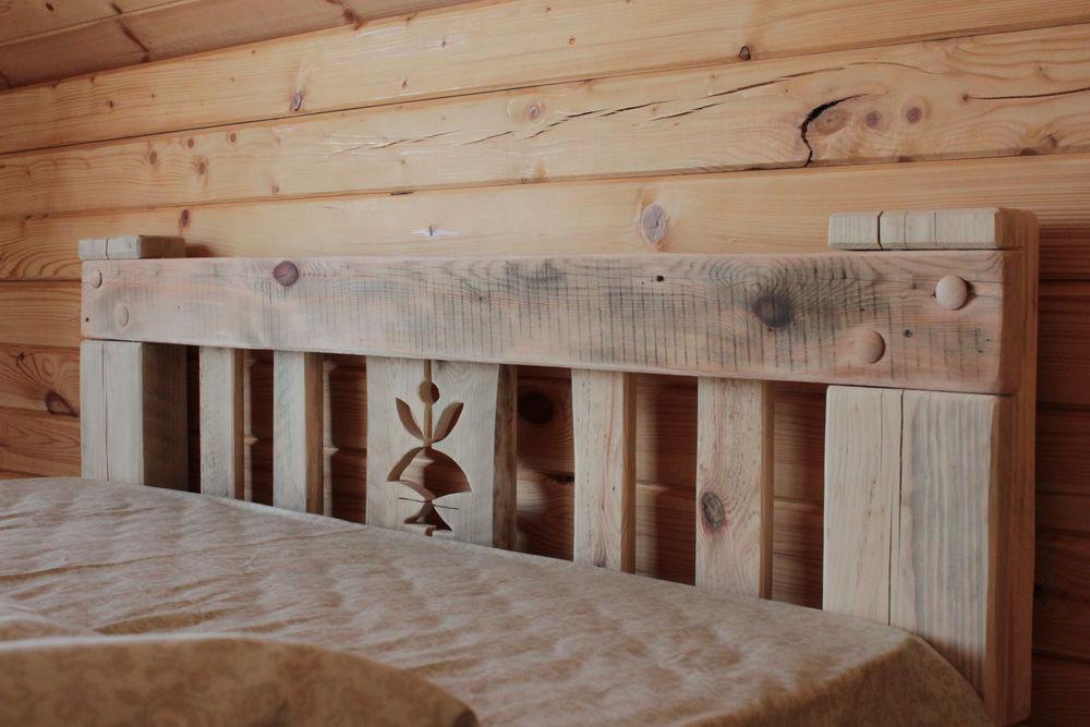 кровать, плотник